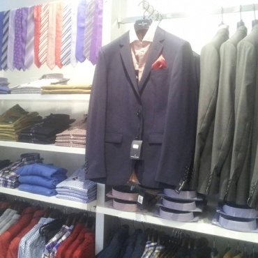 Great selection of Daniel Hechter suits