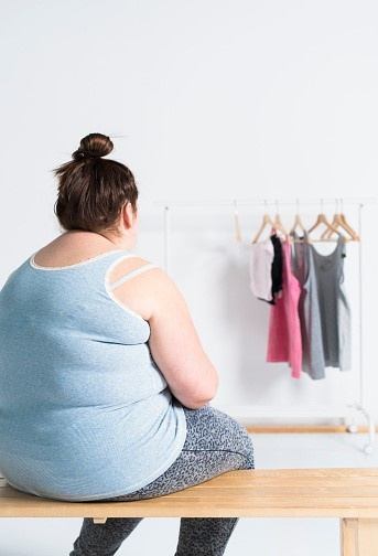 obesity-teenage-girls-selfesteem-lesbian-nurses-gifs